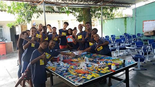 CIONET Brazil - Acção Solidária - Doações às criancas da Casa da Fraternidade